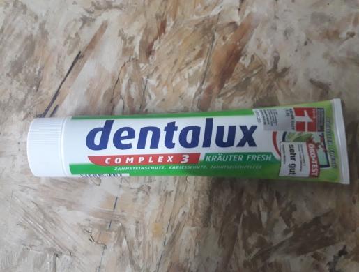 Dentifrice Dentalux, Douala -  Cameroon