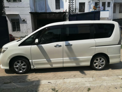 Very Clean vomfortable 7 seater van for hire 5k a day, Nairobi -  Kenya