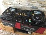 2x pioneer cdj 2000nxs2 +1xdjm 900nxs2 mixer