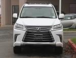 clean 2020 lexus LX570 SUV