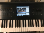 Korg kronos 88 working station synthesizer